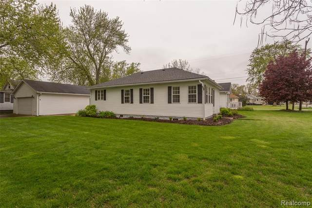 2059 Grand Boulevard, Frenchtown Twp, MI 48162 (#2200035603) :: The Mulvihill Group