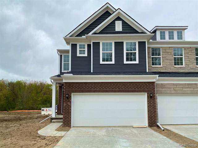 5840 Whispering Springs Drive #33, Pittsfield Twp, MI 48108 (MLS #2200035795) :: The Toth Team
