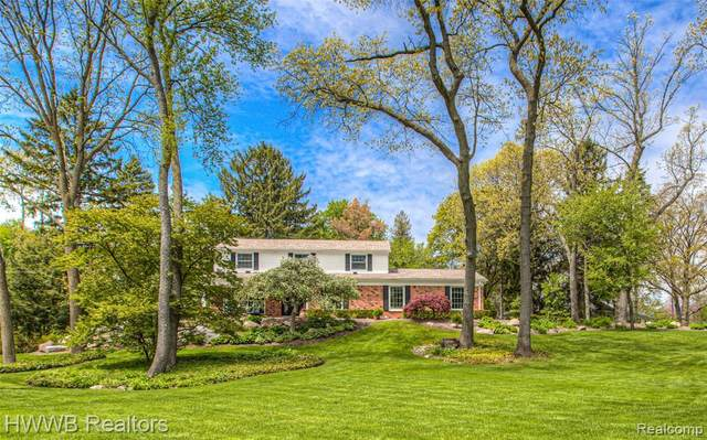 130 Guilford Road, Bloomfield Hills, MI 48304 (#2200036023) :: The Mulvihill Group