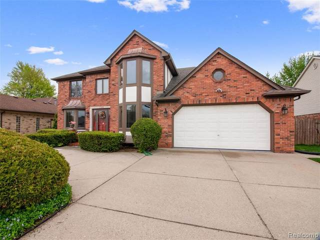 2586 Tiverton Drive, Sterling Heights, MI 48310 (MLS #2200036408) :: The John Wentworth Group