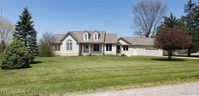 8017 Perry Road, Atlas Twp, MI 48439 (#2200036572) :: Alan Brown Group