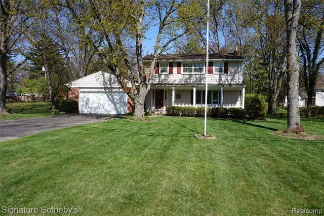 32800 Evergreen Road, Beverly Hills Vlg, MI 48025 (#2200036633) :: RE/MAX Nexus