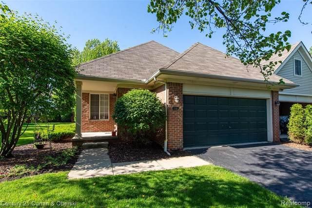 509 Macwilliams Lane #8, Royal Oak, MI 48067 (#2200036648) :: Novak & Associates