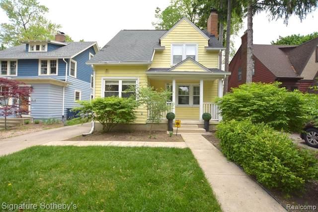 1203 Henry Street, Ann Arbor, MI 48104 (MLS #2200036663) :: The Toth Team