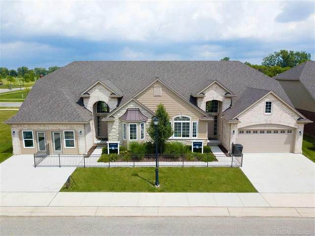 5296 Hawkseye Trace, Warren, MI 48092 (#58050012342) :: Robert E Smith Realty