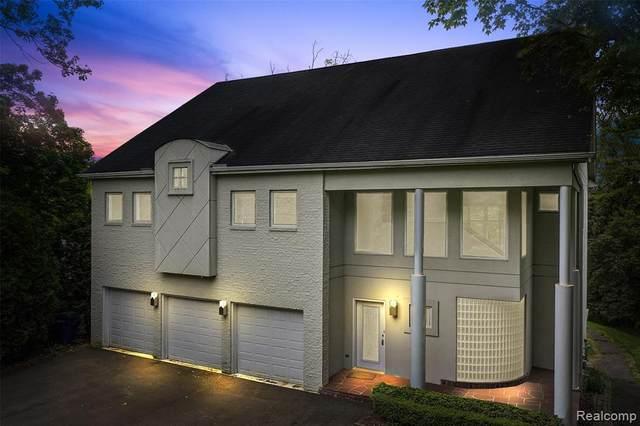 2235 W Square Lake Road, West Bloomfield Twp, MI 48324 (#2200036921) :: RE/MAX Nexus