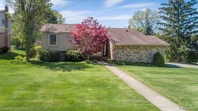 35697 Briar Ridge Lane, Farmington, MI 48335 (#2200037014) :: RE/MAX Nexus