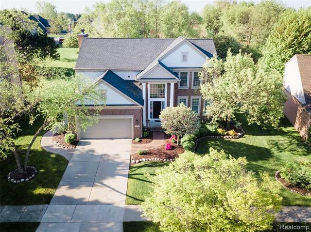 1676 Snowy Owl Court, Rochester, MI 48307 (#2200037130) :: RE/MAX Nexus