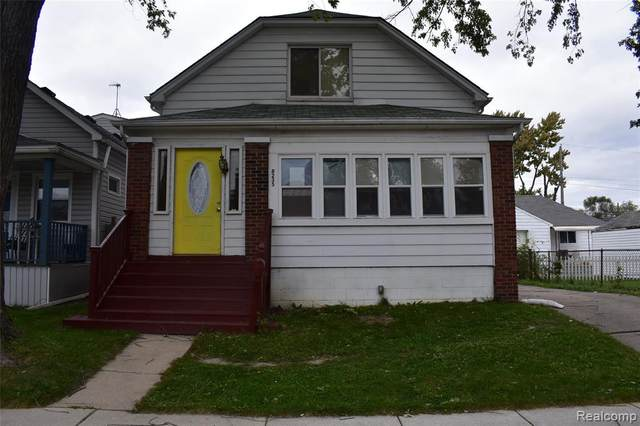 8235 Continental Avenue, Warren, MI 48089 (#2200037615) :: The Alex Nugent Team | Real Estate One