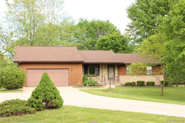 1535 Stein Road, ST. CLAIR TWP, MI 48079 (MLS #2200037771) :: The Toth Team