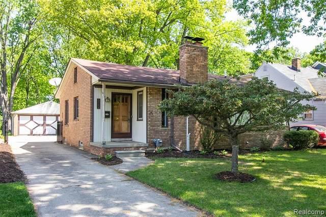 902 Royal Avenue, Royal Oak, MI 48073 (#2200037873) :: The Alex Nugent Team | Real Estate One