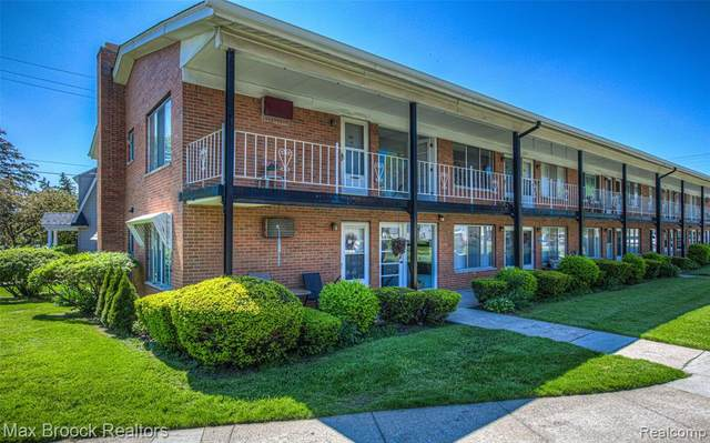 2119 Clawson Avenue #202, Royal Oak, MI 48073 (#2200037933) :: GK Real Estate Team