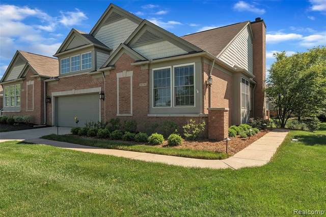 44704 Aspen Ridge Drive, Northville Twp, MI 48168 (#2200038018) :: GK Real Estate Team