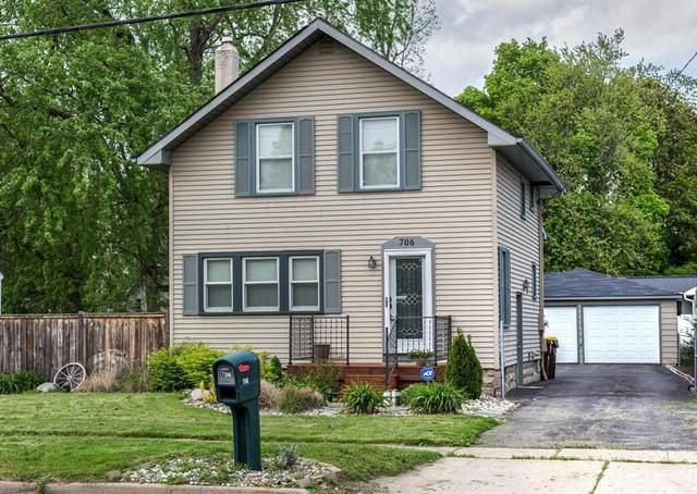 706 W Columbia St, Out Of Area, MI 48854 (#53020019129) :: The Mulvihill Group