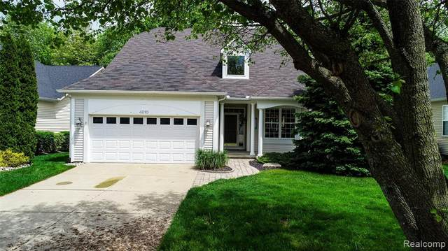 4010 Hillsdale Drive, Auburn Hills, MI 48326 (#2200038252) :: The Alex Nugent Team | Real Estate One