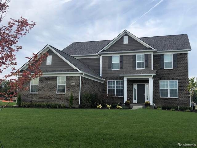 3610 Clarendon Drive, Orion Twp, MI 48360 (MLS #2200038259) :: The John Wentworth Group