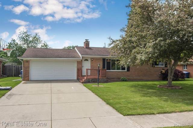 2325 Terness, Waterford Twp, MI 48329 (MLS #2200038266) :: The John Wentworth Group