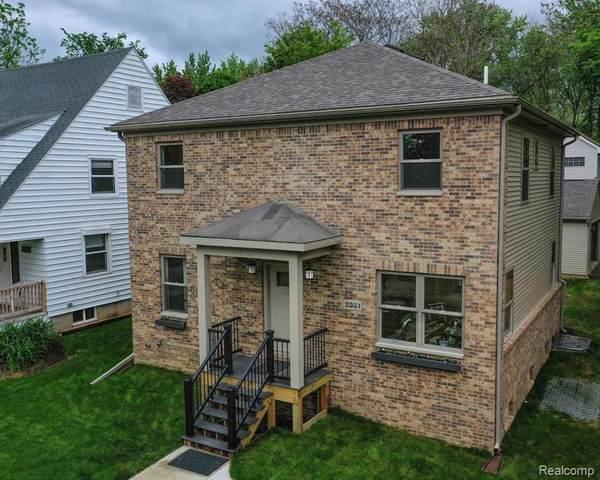 2531 James Street, Ann Arbor, MI 48104 (#2200038277) :: The Mulvihill Group