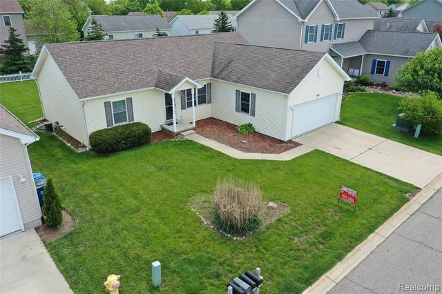 6204 Clubhouse Way, Mundy Twp, MI 48473 (#2200038289) :: The Merrie Johnson Team