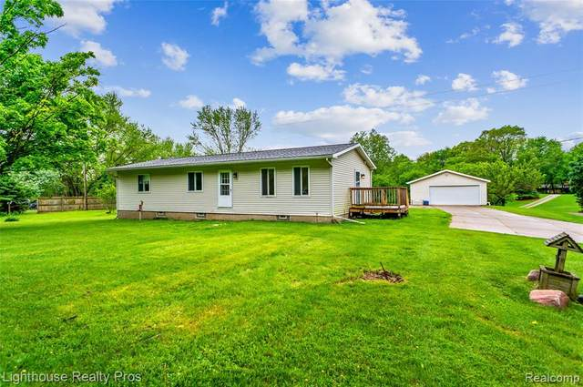 1800 Euler Road, Genoa Twp, MI 48114 (MLS #2200038334) :: The John Wentworth Group