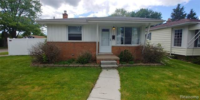 4216 Kingston Street, Dearborn Heights, MI 48125 (#2200038371) :: Keller Williams West Bloomfield