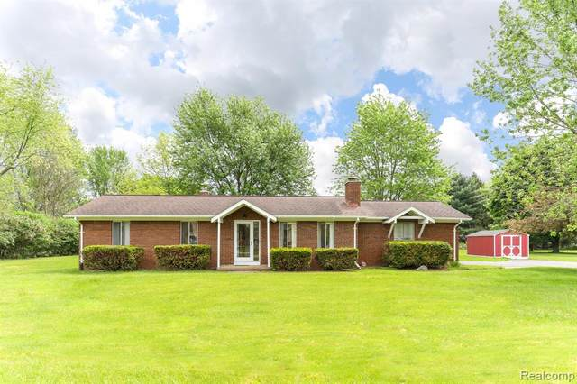 1112 Harold Circle, Scio Twp, MI 48103 (MLS #2200038392) :: The Toth Team