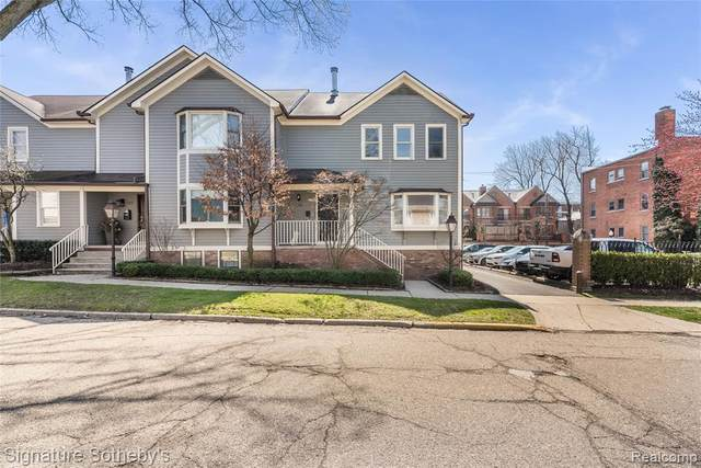 571 W Merrill Street, Birmingham, MI 48009 (#2200038556) :: GK Real Estate Team