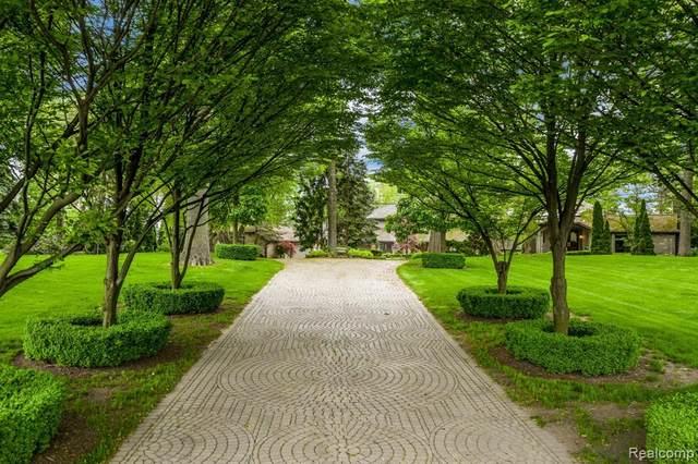 3421 W Shore Drive, Orchard Lake Village, MI 48324 (#2200038636) :: RE/MAX Nexus