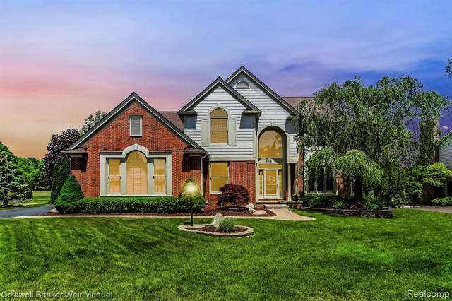 40218 Woodside Drive S, Northville Twp, MI 48168 (#2200039006) :: GK Real Estate Team