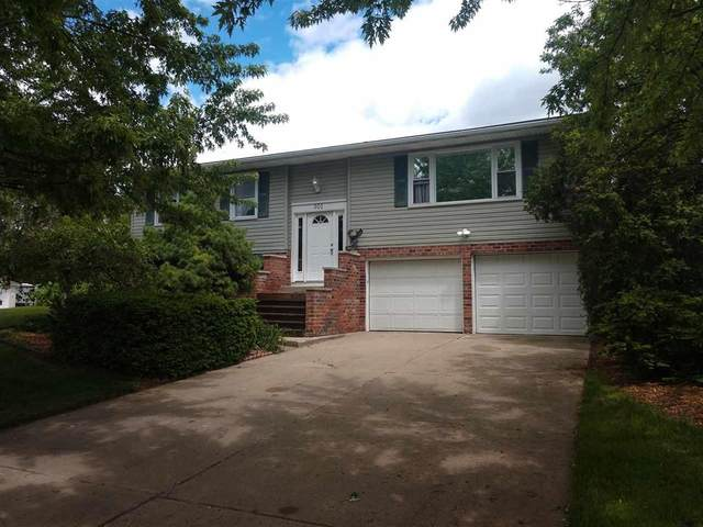 301 S East, Linden, MI 48451 (MLS #5050012965) :: The John Wentworth Group