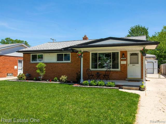 28338 Townley Street, Madison Heights, MI 48071 (MLS #2200039049) :: The Toth Team
