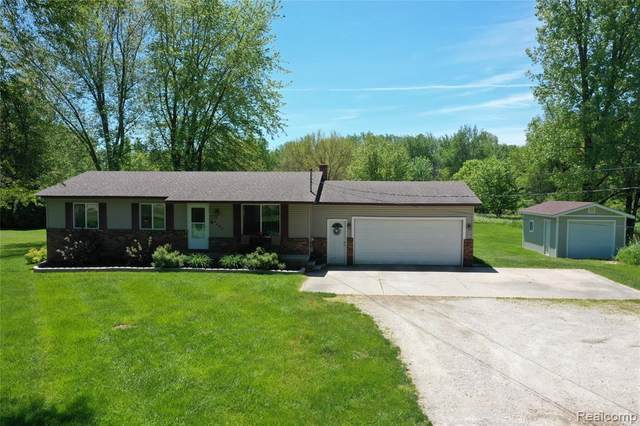4480 E Vienna Road, Thetford Twp, MI 48420 (MLS #2200039068) :: The Toth Team