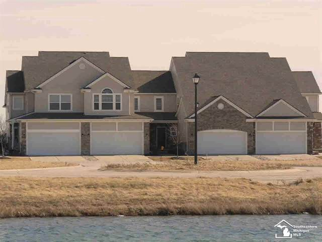 853 Plum Village Drive #22, Monroe, MI 48161 (#57050013075) :: Alan Brown Group