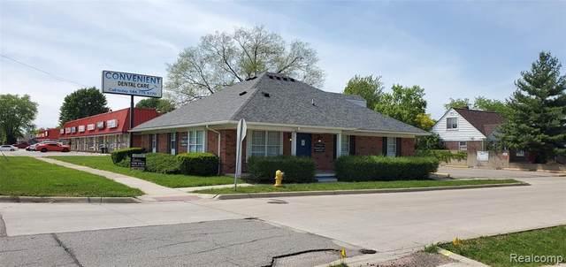 19551 E 10 MILE Road, Roseville, MI 48066 (#2200039565) :: The Merrie Johnson Team