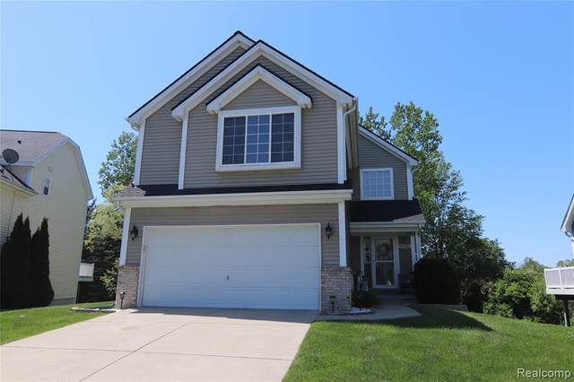 4460 Sunflower Circle, Independence Twp, MI 48346 (#2200039698) :: GK Real Estate Team