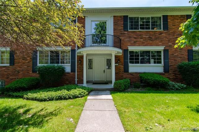1705 Huntingwood Ln Apt D, Bloomfield Hills, MI 48304 (#2200040097) :: GK Real Estate Team