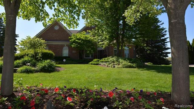 45546 Pebble Beach Court, Northville Twp, MI 48168 (#2200040253) :: GK Real Estate Team