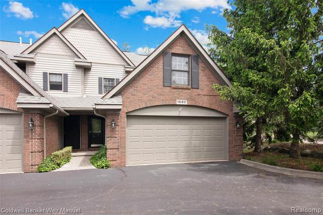 1680 Alyssa Lane, Clawson, MI 48017 (#2200040429) :: Novak & Associates