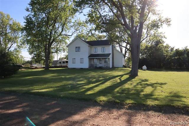 11921 Stow Road, Conway Twp, MI 48872 (MLS #2200041880) :: The Toth Team