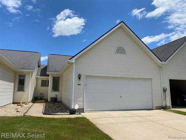 9110 Emily Drive, Davison Twp, MI 48423 (MLS #2200042937) :: The Toth Team