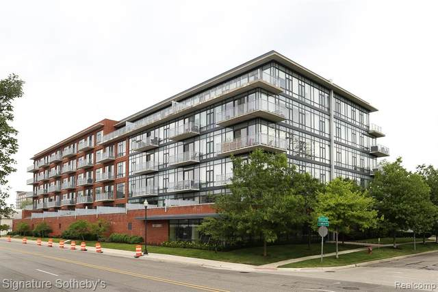 101 Curry Avenue #620, Royal Oak, MI 48067 (MLS #2200043059) :: The Toth Team