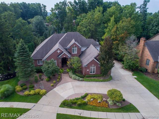 655 Potomac Street, Northville, MI 48167 (#2200043625) :: GK Real Estate Team