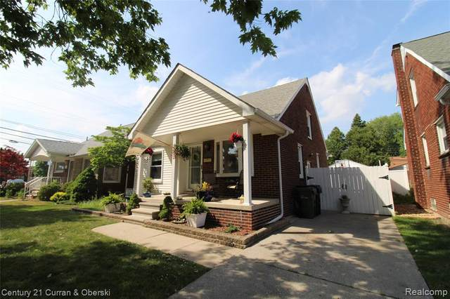 15848 Englewood Avenue, Allen Park, MI 48101 (#2200044628) :: Alan Brown Group