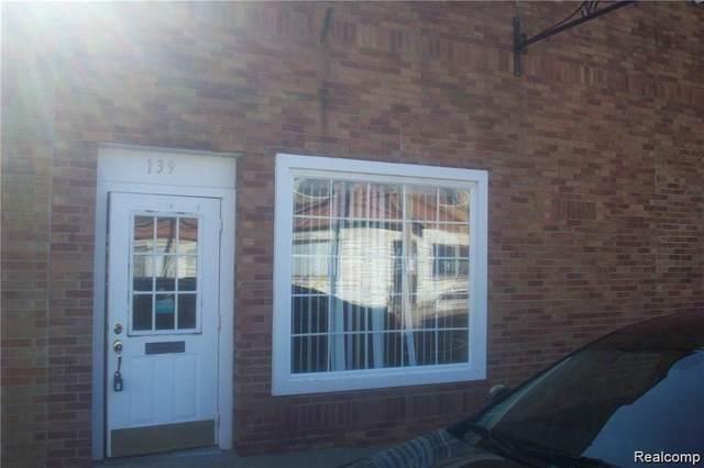 139 S Saginaw Street, Chesaning Vlg, MI 48616 (MLS #2200044840) :: The John Wentworth Group