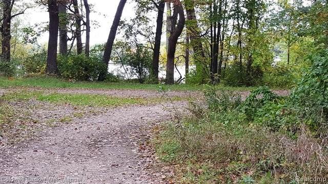 0000 Columbia Avenue, Independence Twp, MI 48348 (MLS #2200044982) :: The Toth Team