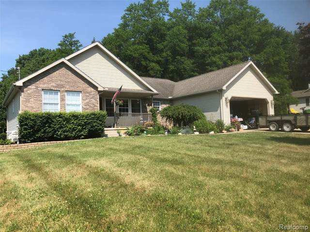 9250 Walnut Drive, Franklin Twp, MI 49287 (#2200046313) :: RE/MAX Nexus