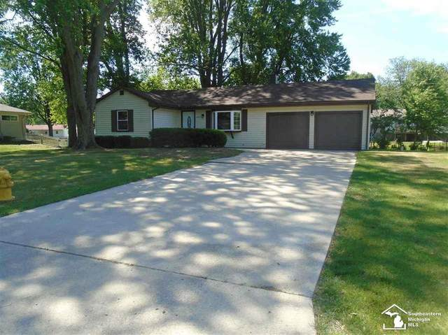 1191 Oakmont Dr, Temperance, MI 48182 (#57050015042) :: The Mulvihill Group