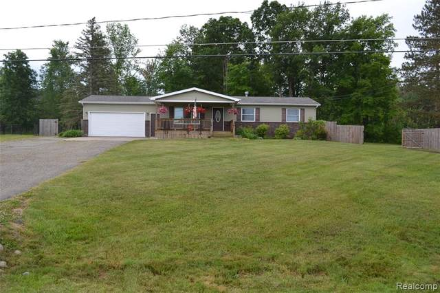 9424 Vienna Road, Forest Twp, MI 48463 (#2200046508) :: Alan Brown Group