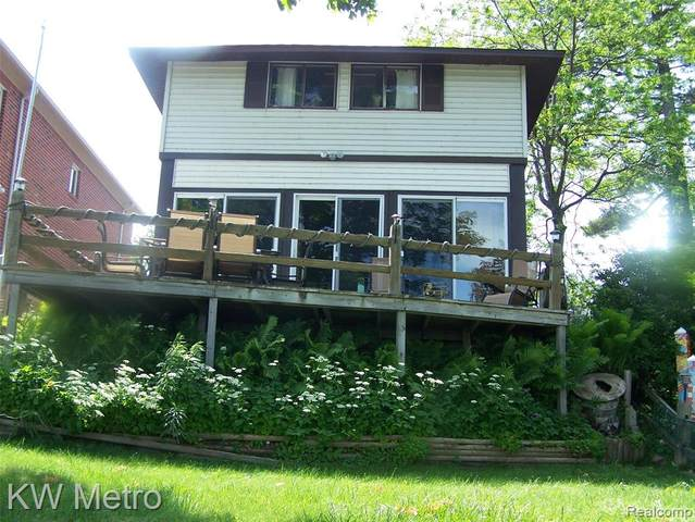 2842 N Lakeshore, Forester Twp, MI 48427 (#2200046576) :: BestMichiganHouses.com