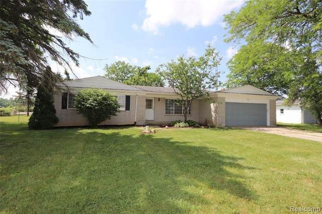 4011 W Baldwin Road, Mundy Twp, MI 48439 (#2200047176) :: Alan Brown Group
